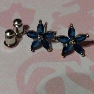 Sapphire flower studs